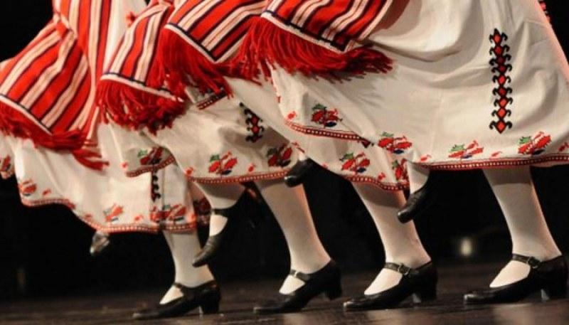 Старт на празниците в Хисаря - девет дни музика, танци, театър, изложба, пешеходни турове