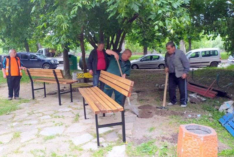 Облагородяват междублоково пространство  на крайбрежния булевард в Пловдив