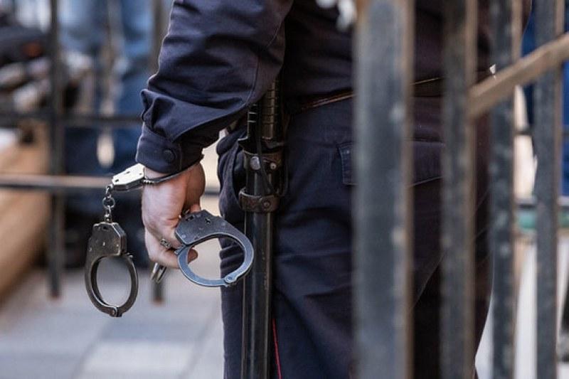 Обвиниха мъжа, нападнал възрастна жена в Пловдив, ще постои още в ареста