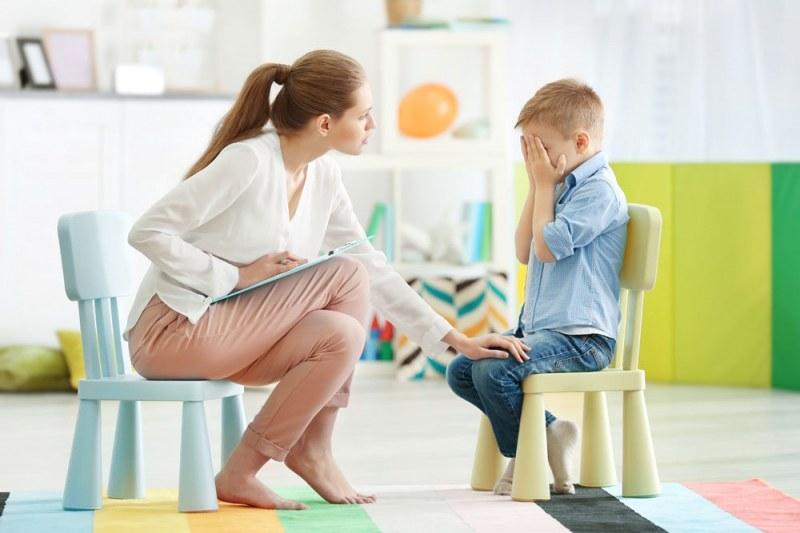 Работа в Карлово и Сопот - търсят учители и училищни психолози