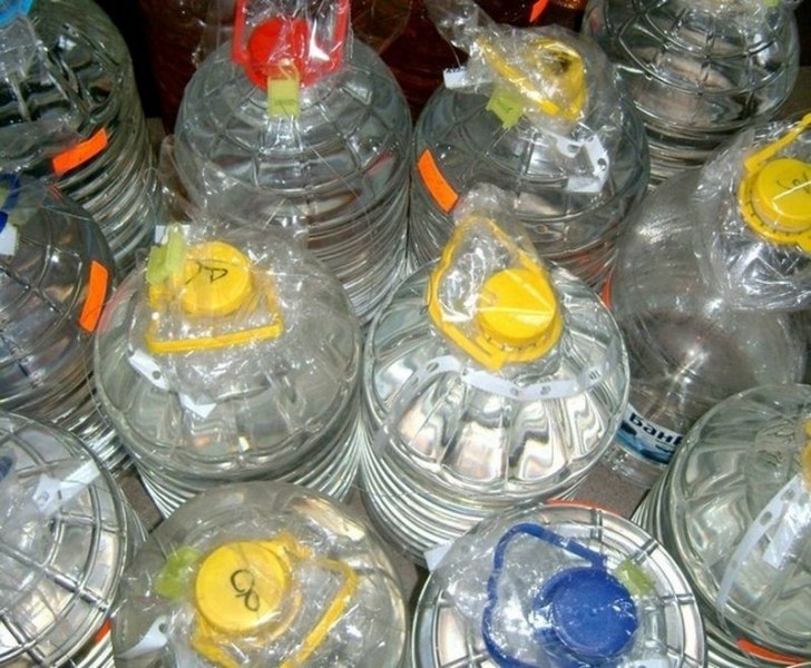 Откриха 30 литра алкохол без бандерол в кола край Пловдив