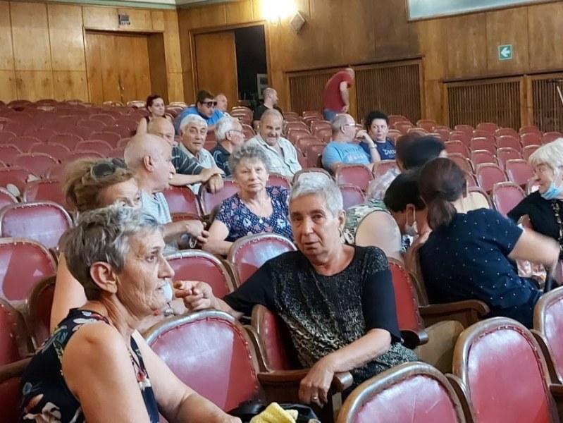 Проблемът с водата в село Брестовица влиза в Народното събрание
