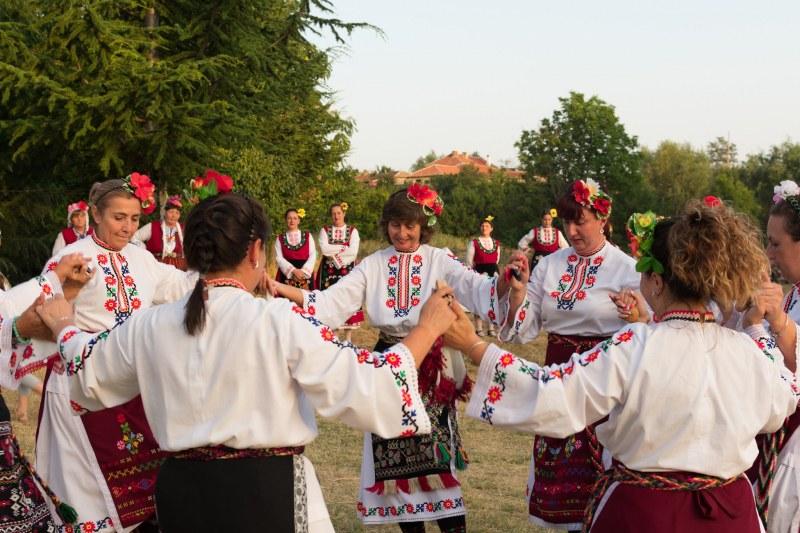 Карловската Сушица почете подобаващо Св. Панталеймон