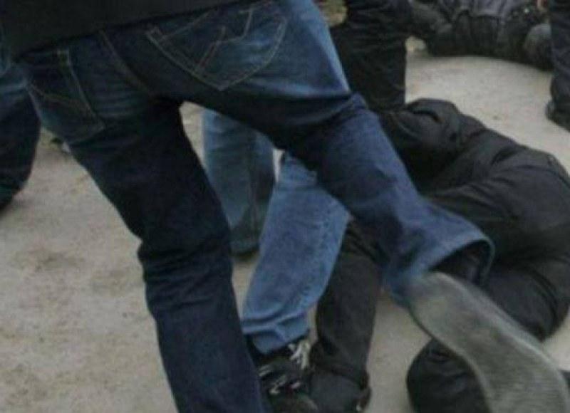 Пребиха млад мъж от Кричим, нападателите - баща и синове