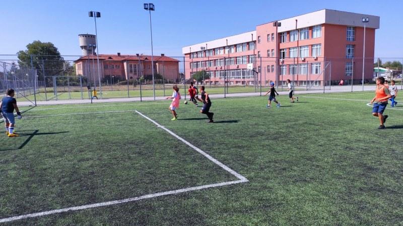 """""""Лято 2021"""" за децата в Съединение завърши с футболен турнир"""