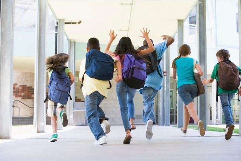 МОН определи с какви мерки ще започне учебната година