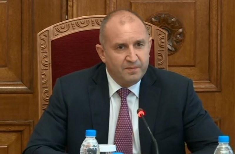 Президентът представи новото служебно правителство
