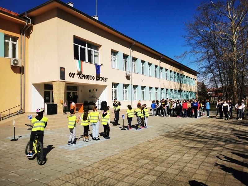 Прокуратурата в Пловдив проверява кмет в Пловдивско след скандал с учител