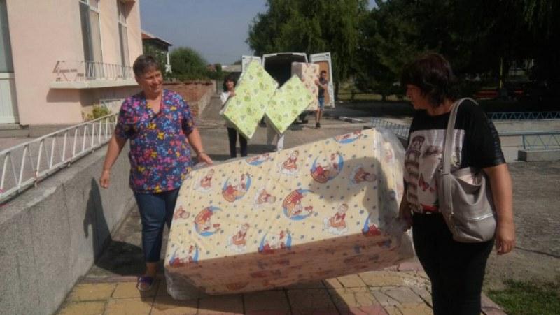 Частна фирма направи дарение на детска градина в Ягодово