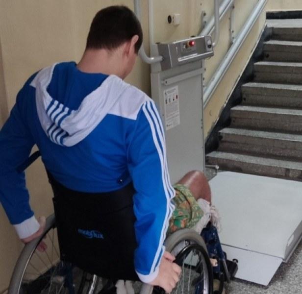 Сложиха платформи за хора с увреждания в три блока в Тракия