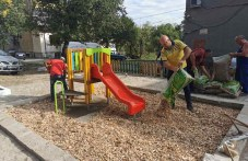 Нова детска площадка и пространство за отдих се правят в Сопот
