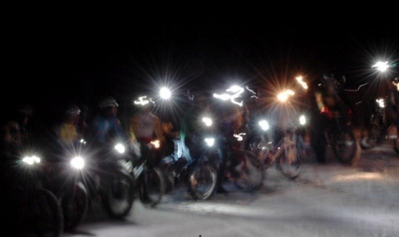 Мотористи излизат за традиционното си нощно шествие в Пловдив