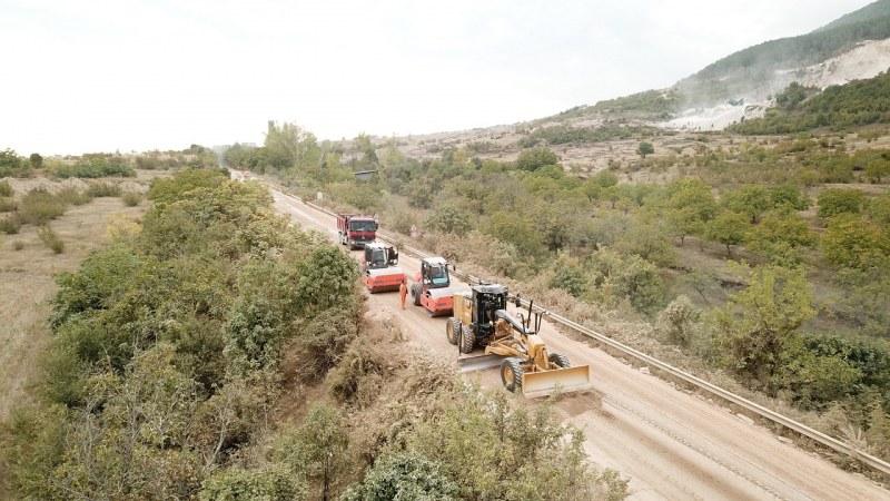 Съобщиха кога ще затварят пътя Асеновград – Червен