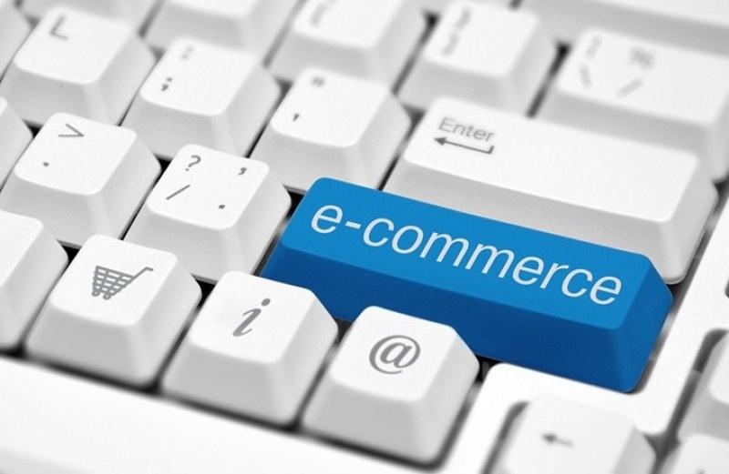 Данъчните се заемат с онлайн търговците