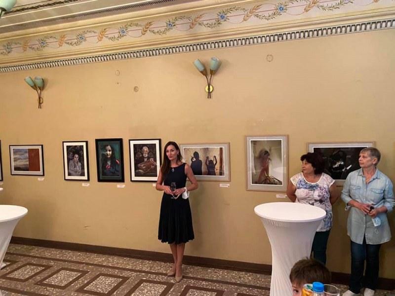 Открита е изложбата в Куклен с впечатляващи артистични фотографии