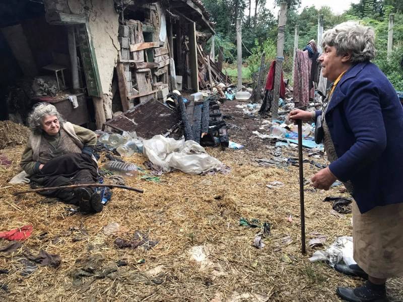 Незрящи сестри бедстват и имат отчаяна нужда от помощ