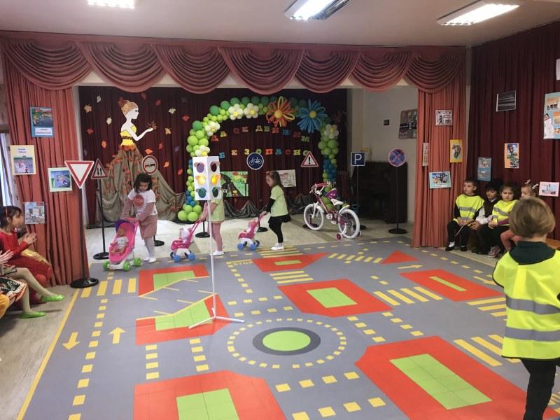 Нова площадка учи деца в Пловдив на безопасност на движението