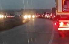 Верижна катастрофа стана край Войводиново, 4 коли се удариха